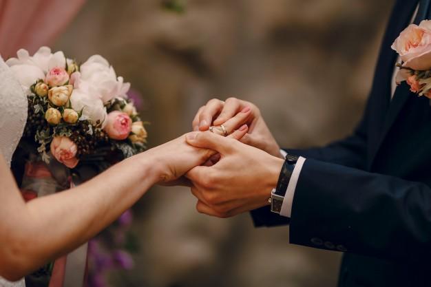 evlilikte uyum ve aile terapisi